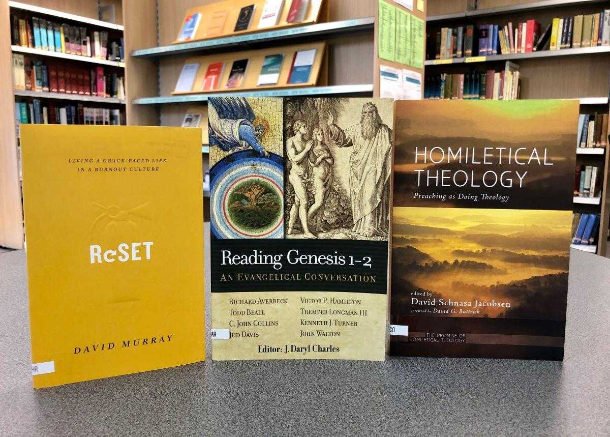 Image: new-library-books