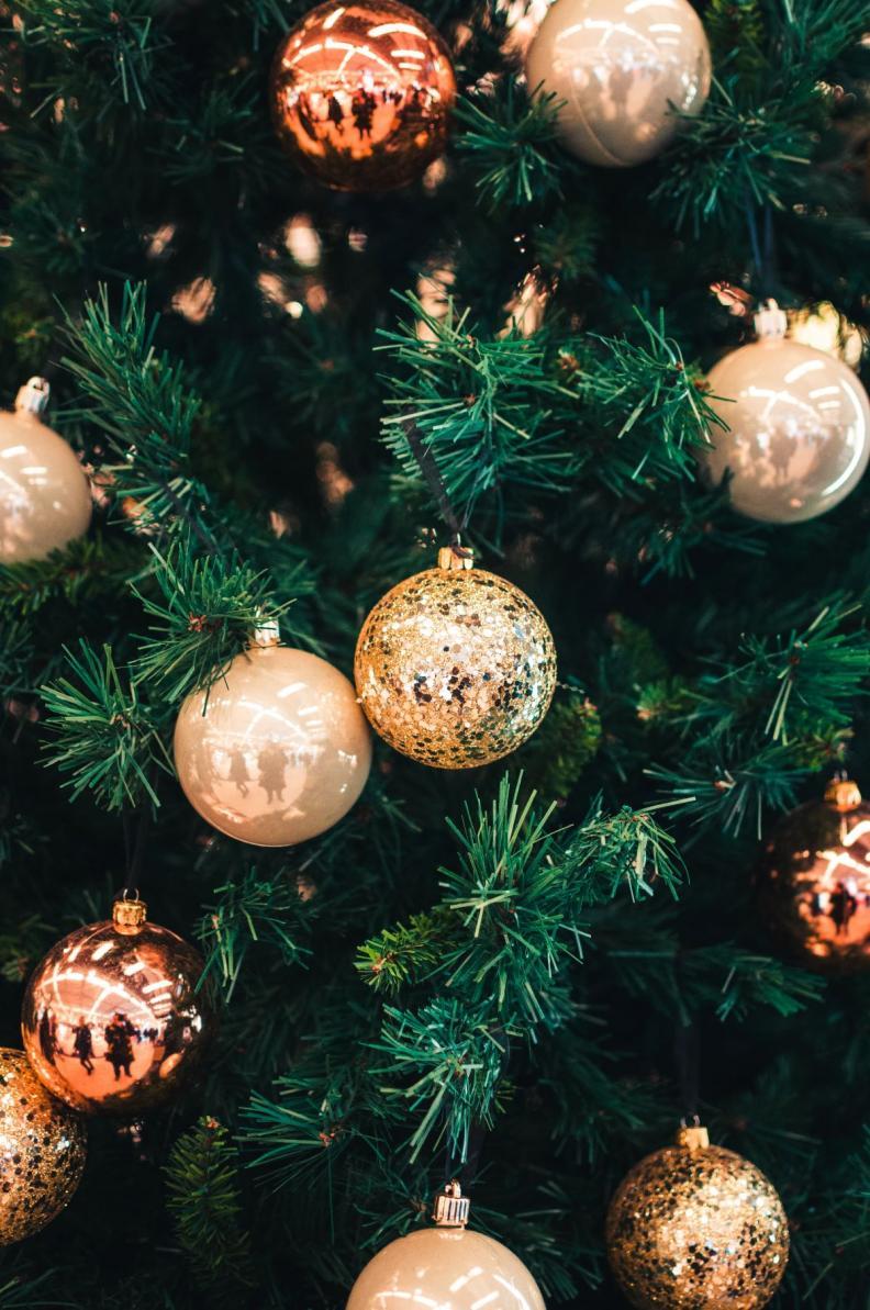 Image: christmas-reflections
