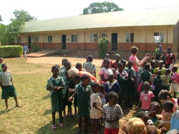 Image: a-crosscultural-experience-in-uganda